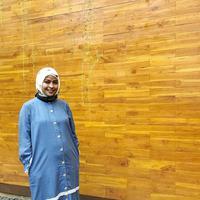 Tantri Kotak juga sudah merubah foto profilnya dengan yang menggunakan hijab. (instagram/tantrisyalindri)
