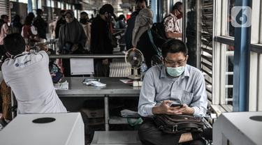 FOTO: Transjakarta Perluas Fasilitas Wifi Gratis di 7 Koridor