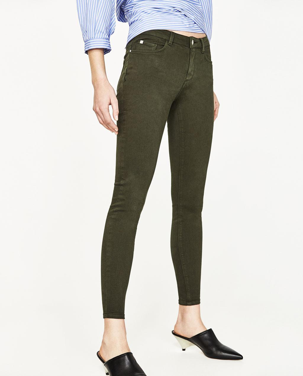 Skinny jeans. (Image: zara.com)