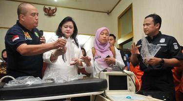 Polda Metro Jaya berhasil membongkar sindikat praktik aborsi yang dilakukan oleh oknum dokter di kawasan Menteng, Jakarta Pusat