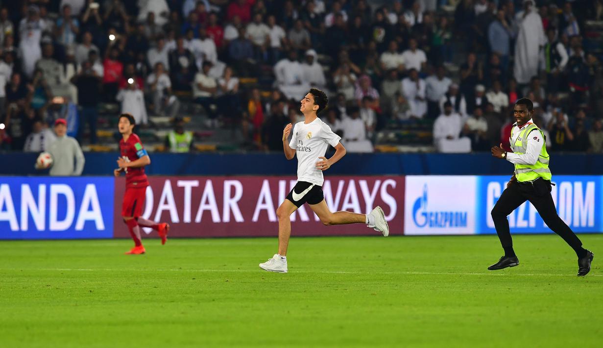 FOTO Aksi Nekat Fans Real Madrid Di Semifinal Piala Dunia