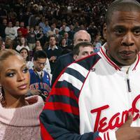 Anak kembar pasangan Beyonce dan Jay Z sudah lahir sejak beberapa hari lalu. Meskipun sampai saat ini belum diketahui wajahnya seperti apa, namun nama sepasang anak kembar itu sudah ada.  (AFP/Bintang.com)