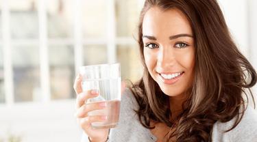4 Manfaat Air Hangat Yang Bisa Mempercantik Kulit Dan Rambut Anda Beauty Fimela Com
