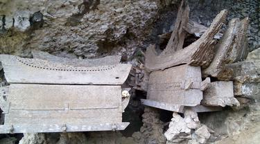 20151109-kuburan batu