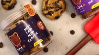 "Usaha rumahan yakni cemilan manis dengan brand ""Cipiko cookies."""