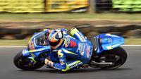 Pembalap Suzuki Ecstar, Alex Rins. (PETER PARKS / AFP)