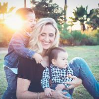 Jadi ibu rumah tangga bukan hal mudah, tapi bukan berarti nggak bisa dilakukan. (Sumber foto: unsplash.com)