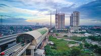 Pembangunan LRT, Tol Becakayu, serta elevated Tol Jakarta-Cikampek tentunya selain mengurangi tingkat kemacetan yang setiap hari terjadi di jalan-jalan menuju Jakarta, juga akan menimbulkan dampak terhadap perkembangan ekonomi daerah.