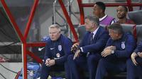 Pelatih Timnas Inggris, Sam Allardyce saat mendampingi timnya menghadapi Slovakia (Reuters)