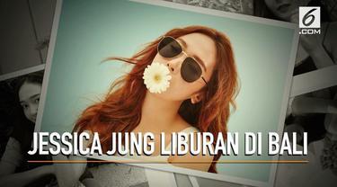 Mantan personel SNSD, Jessica Jung menikmati liburan di Pulau Dewata, Bali.