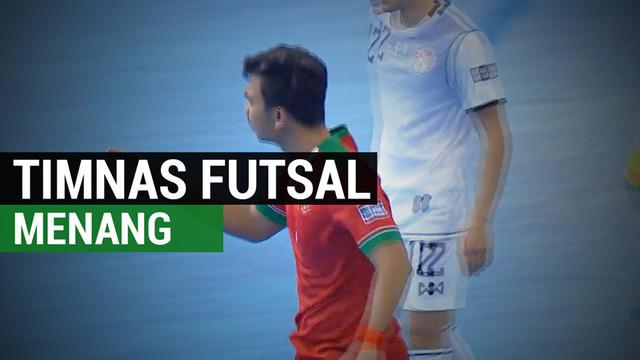 Berita video Timnas Futsal U-20 Indonesia meraih kemenangan atas Tajikistan dengan lima gol pada laga pembuka Grup B Piala Asia Futsal U-20 2017 di Hua Mark Indoor Stadium, Bangkok, Selasa (16/5/2017). Kemenangan ini membuat Timnas Futsal Indonesia U...