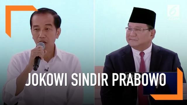 Saat berdebat tema peningkatan Revolusi Industri 4.0, Joko Widodo sindir Prabowo karena diangkat kurang optimis.
