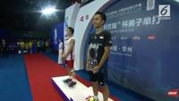 Anthony Sinisuka Ginting meriah gelar juara China Open 2018 yang digelar di Olympic Sports Center Xincheng Gymnasium, Changzou, Minggu (23/9/2018)