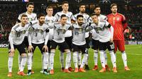 8. Jerman (1950) - Selalu dicap sebagai calon tim terkuat yang meraih gelar Piala Dunia, namun skuad Der Panzer sempat absen pada tahun 1950 yang disebabkan oleh dilarangnya mereka untuk berpartisipasi. (AFP/Patrik Stollarz)