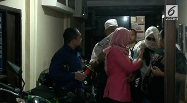 Kapolda Metro Jaya Irjen Mochamad Iriawan memastikan, pelaku dan korban belum pernah bertemu sebelumnya.