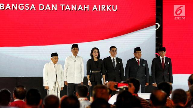 Awali Debat Kelima Pilpres 2019, Prabowo Beri Hormat Kepada Jokowi
