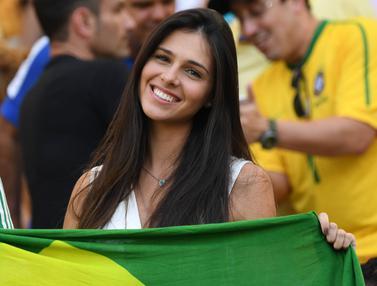 Fans Cantik yang Menarik Perhatian di Olimpiade Rio 2016