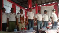 Kapolda Papua Barat Brigjen Rudolf Alberth Rodja di sela acara Millenial Road Safety Festival di Manokwari, Papua Barat, Sabtu (2/2/2019). (Liputan6.com/Nafiysul Qodar)