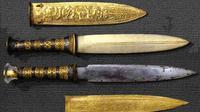 Belati yang ditemukan di makam Tutankhamun ternyata terbuat dari besi yang berasal dari meteorit. (Sumber Ancient Origins)
