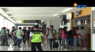 Pihak Bandara El Tari Kupang mengaku telah merugi hingga Rp 300 juta akibat pembatalan jadwal penerbangan ke Bali.