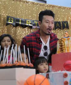 Denny Sumargo. (Nurwahyunan/Fimela.com)