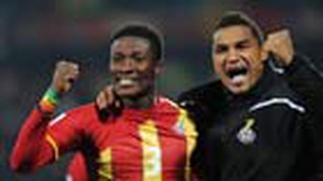 Melalui perjuangan panjang 120 menit, Ghana menundukkan Amerika Serikat 2-1 di babak 16 besar. Gol penentu Asamoah Gyan dan kegemilangan kiper Richard Kingson memastikan Ghana untuk pertama kali lolos ke perempat final dan berjumpa Uruguay.