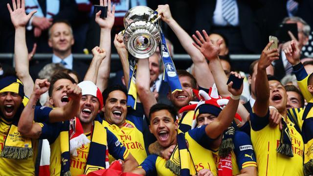 Arsenal berhasil menjuarai Piala FA musim ini setelah mengalahkan Aston Villa dengan skor 4-0 di partai final yang berlangsung di Stadion Wembley, Sabtu (30/5) malam WIB.