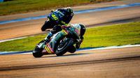 Aksi pembalap Yamaha Tech 3, Hafizh Syahrin dalam tes pramusim MotoGP 2018 di Sirkuit Buriram, Thailand. (Twitter/Yamaha Tech 3)