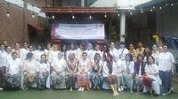 Kunjungan Yayasan Batik Indonesia di Rumah Batik Komar di Bandung. (Liputan6.com/Henry)
