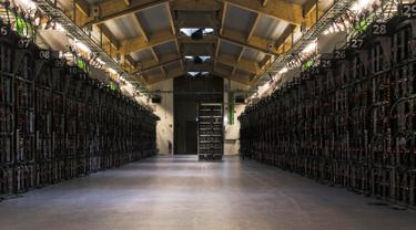 Intip Salah Satu Pabrik Bitcoin Terbesar di Dunia