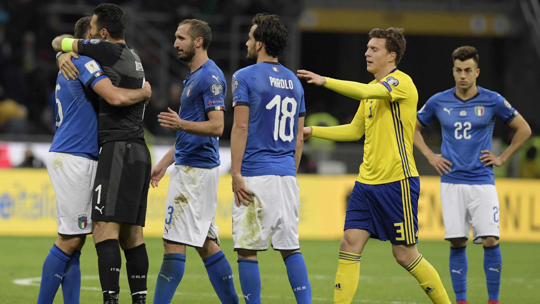Sepak Bola Italia Dan Fans Yang Terjebak Nostalgia Bola