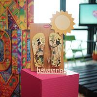 Havaianas melansir koleksi sandal terbaru untuk musim panas dengan karakter kartun lucu (Foto: Havaianas)