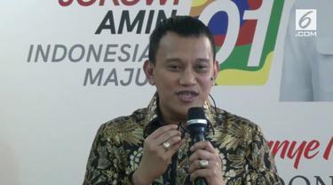 Tim Kampanye Nasional Jokowi-Ma'ruf membantah capres 01 Joko Widodo menggunakan earphone saat debat kedua semalam.