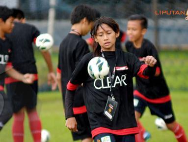 Training Camp Ayo Indonesia Bisa ini juga diikuti peserta perempuan (Liputan6.com/Helmi Fithriansyah)