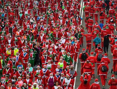 Lomba Lari Santa Claus