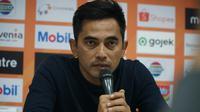 Pelatih PSS Sleman Seto Nurdiantoro mengambil sisi positif dari kekalahan atas Persib Bandung. (Liputan6.com/Huyogo Simbolon)