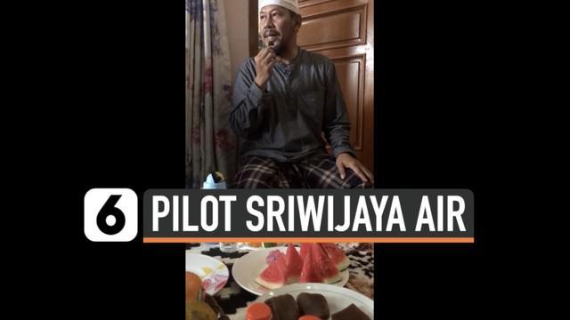 Kapten Afwan adalah pilot pesawat Sriwijaya Air SJ182 yang mengalami kecelakaan. Sang pilot dikenal sebagai pribadi yang saleh. Berikut rekaman saat ia memberikan tausiah.