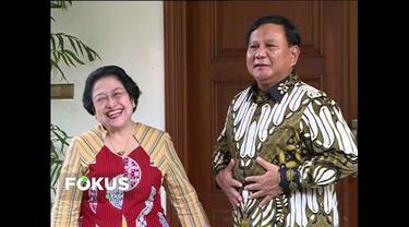 Pertemuan ini juga dihadiri Sekjen PDI-P Hasto Krsitiyanto dan Sekjen Gerindra Ahmad Muzani.