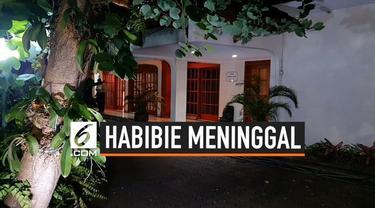 Keluarga Presiden ke-3 RI, BJ Habibie mulai mempersiapkan kedatangan jenazah Habibie di rumah duka, Jalan Patra Kuningan XIII, Kuningan Timur, Jakarta Selatan, Rabu (11/9/2019) malam.