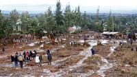 Sebuah bendungan pertanian jebol di Kenya, sebabkan 44 orang tewas dan 40 orang hilang (AP Photo/Mainichi.jp)
