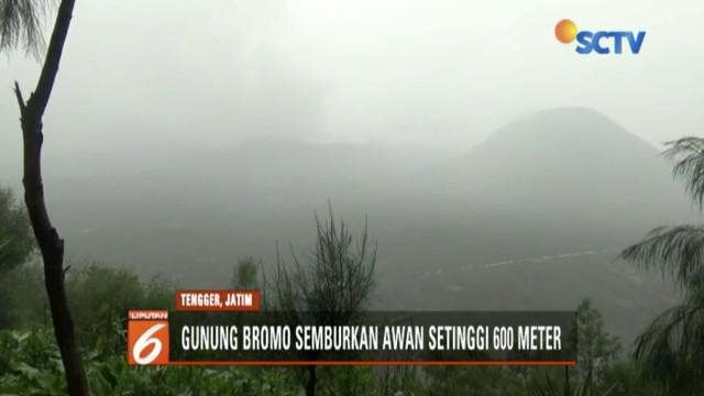 Semburkan abu vulkanik hingga 600 meter, PVMBG masih tetapkan Gunung Bromo pada level siaga.