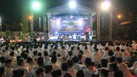Polres Pasuruan Kabupaten menggelar acara peringatan Maulid Nabi Muhammad SAW pada Senin, 11 November 2019. (Foto: Liputan6.com/Dian Kurniawan)