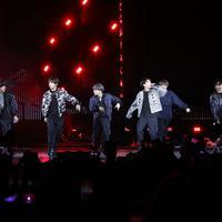 Simak tampilan BTS dalam world tour 2019