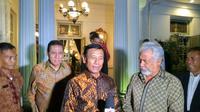 Pertemuan Menko Polhukam Wiranto dengan Menteri Perencanaan Investasi Strategis Timor Leste, Xanana Gusmao (Liputan6.com/Nafiysul Qodar)