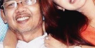 Kabar duka datang dari pedangdut mungil, Cita Citata. Baru saja ia kehilangan sosok ayahnya, Herdi Suwito untuk selamanya. (Via Instagram/@Cita_citata)