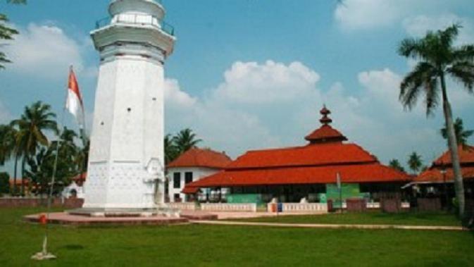 Situs situs Bersejarah Kesultanan Banten Regional