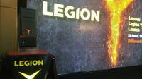 Penampakan Lenovo Legion YZ20 Tower di acara peluncuran, Kamis (29/3/2018). Liputan6.com/ Tommy Kurnia