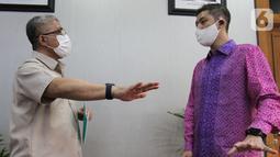 Kementerian Kesehatan dan Halodoc menjalin kerjasama dalam rangka percepatan program vaksinasi Covid-19 di Jakarta. Halodoc menjadi mitra resmi Kemenkes dengan menghadirkan pusat layanan vaksinasi Covid-19 secara drive thru. (Liputan6.com/Fery Pradolo)