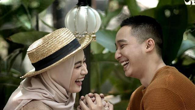 Prewed Romantis Hijab 9