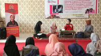 Anggota DPR RI Selly Andriani Gantina saat mengikuti diskusi terkait pengesahan RUU penghapusan kekerasan seksual. Foto (Liputan6.com / Panji Prayitno)